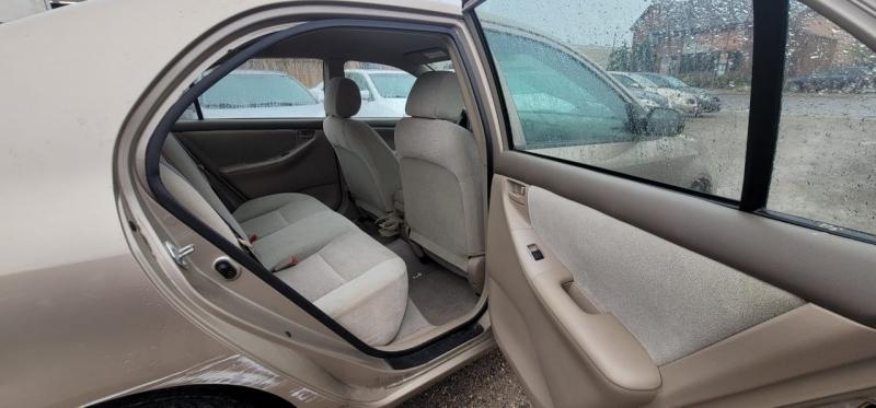 Toyota Corolla 2004 price $2,995
