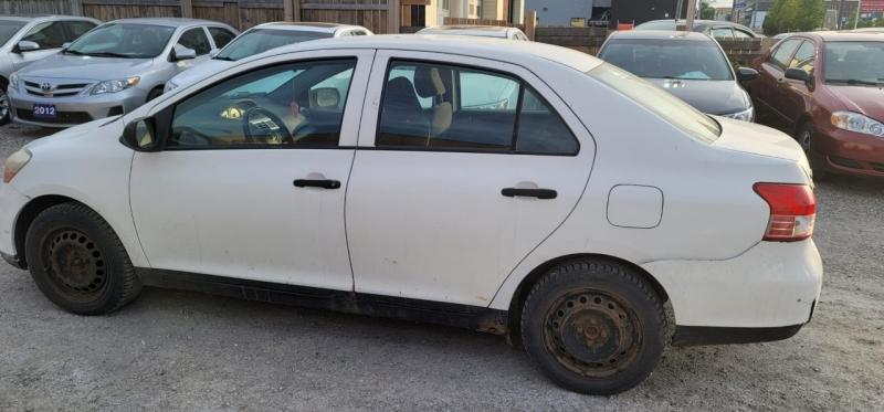 Toyota Yaris 2007 price $2,799