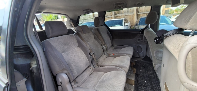 Toyota Sienna 2008 price $3,598