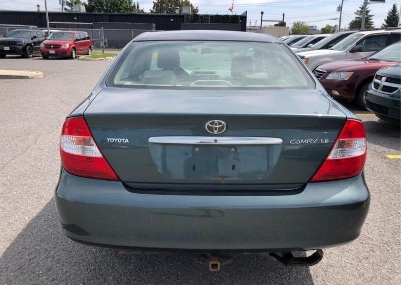 Toyota Camry 2004 price $2,399