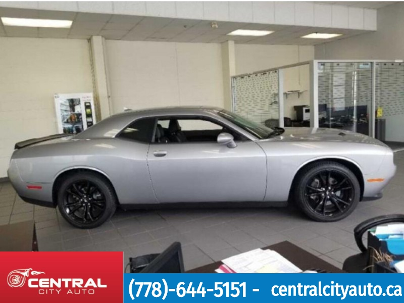 Dodge Challenger 2018 price $31,688
