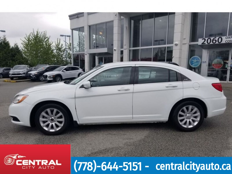 Chrysler 200 2013 price $8,995