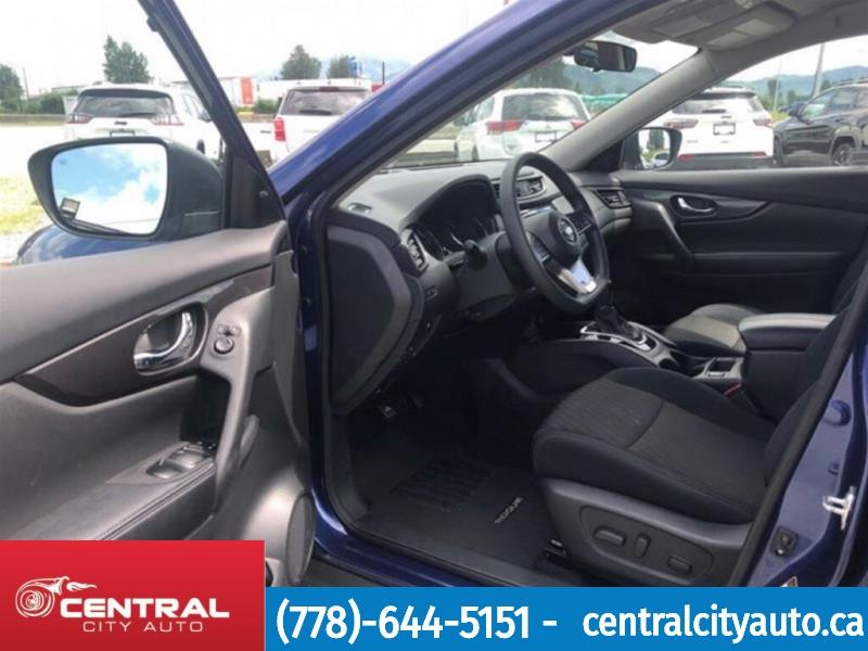 Nissan Rogue 2018 price $23,888