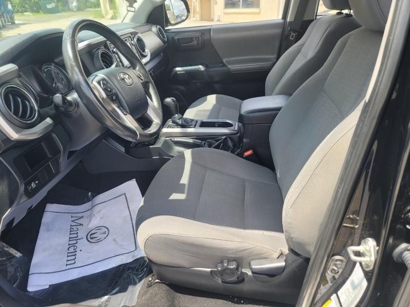 Toyota Tacoma 2017 price $29,900 Cash