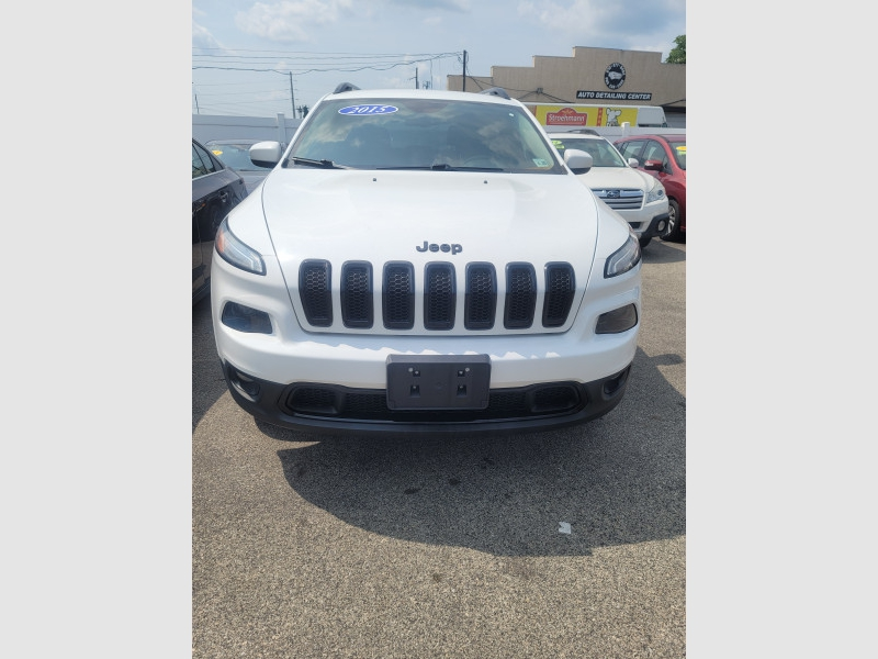 Jeep Cherokee 2015 price $16,500