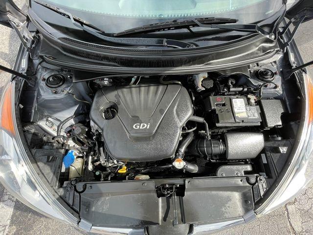 Hyundai Veloster 2014 price $6,288
