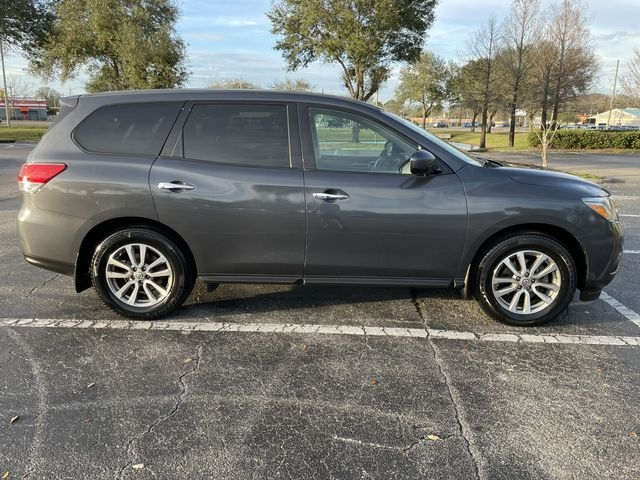 Nissan Pathfinder 2014 price $11,988