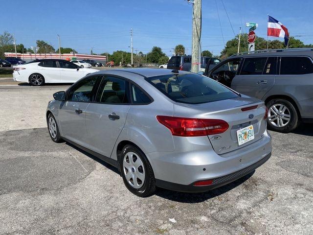 Ford Focus 2016 price $7,888