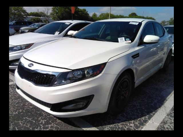 Kia Optima 2013 price $9,888