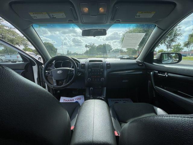 Kia Sorento 2011 price $9,888