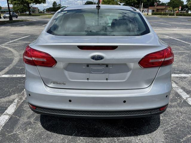 Ford Focus 2016 price $9,888