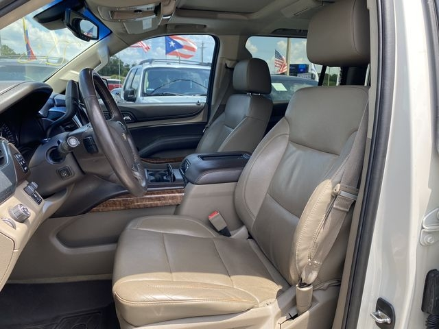 Chevrolet Suburban 2015 price $32,888