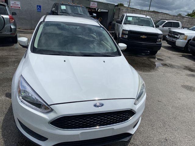 Ford Focus 2015 price $4,888
