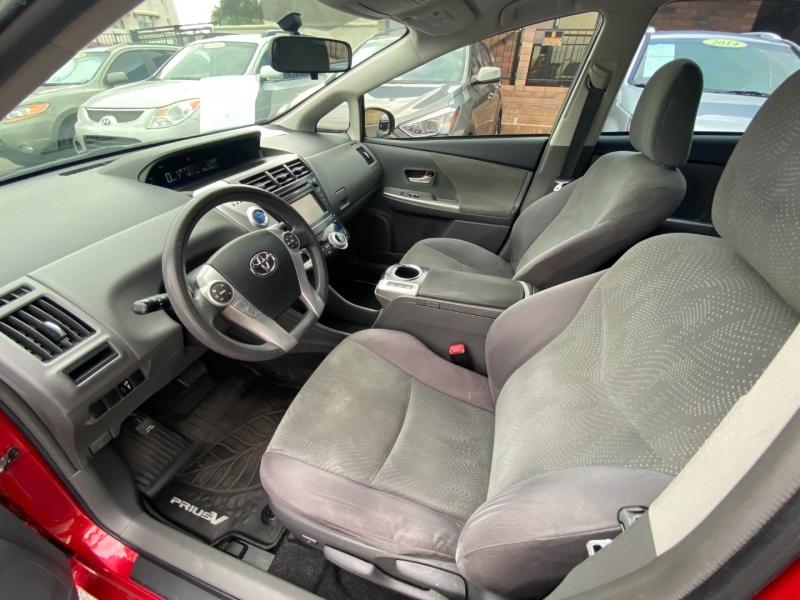 Toyota Prius v 2013 price $10,900