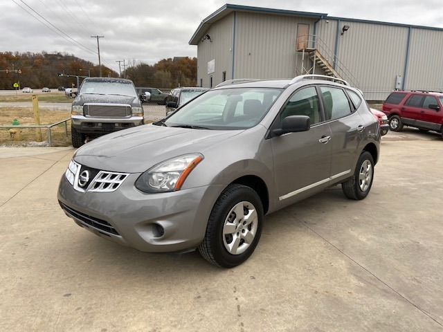 Nissan Rogue Select free warranty!!! 2015 price $7,400 Cash