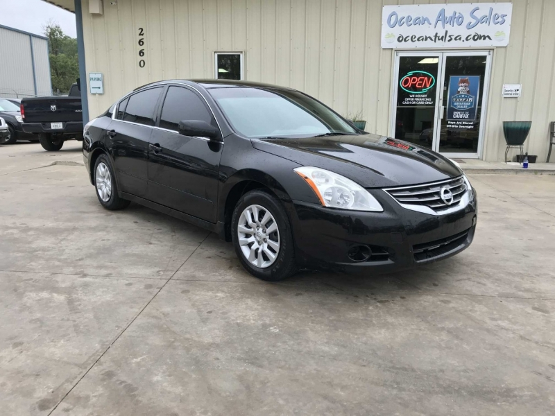 Nissan Altima 2010 price $5,000 Cash