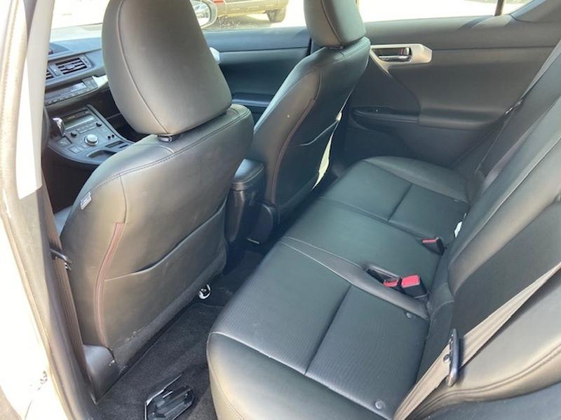 Lexus CT 200h 2012 price $8,500 Cash