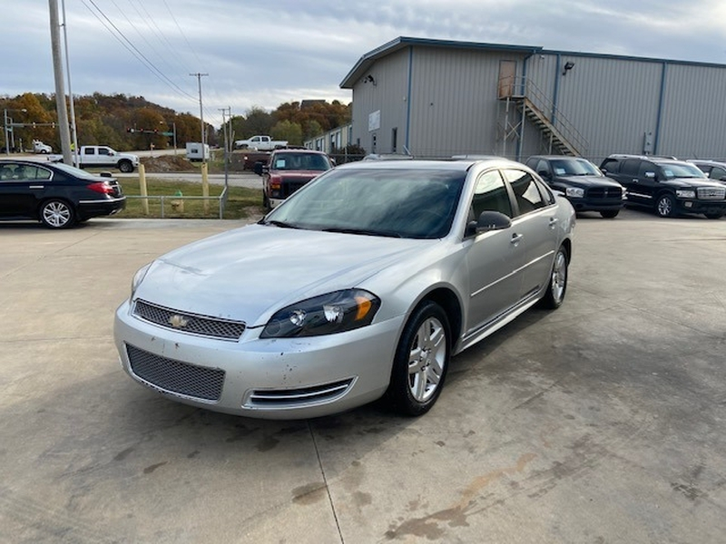 Chevrolet Impala 2012 price $3,300 Cash