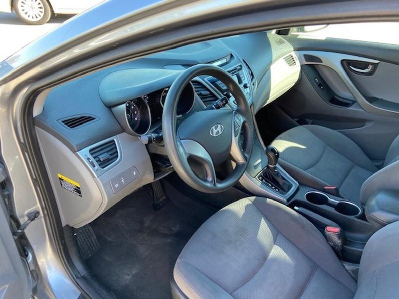 Hyundai Elantra 2015 price $7,000 Cash