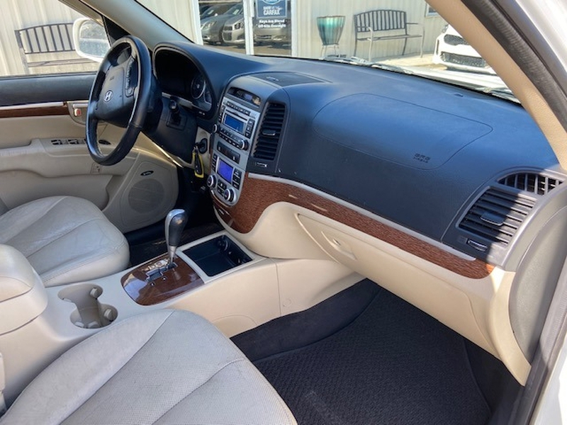 Hyundai Santa Fe 2008 price $4,500 Cash