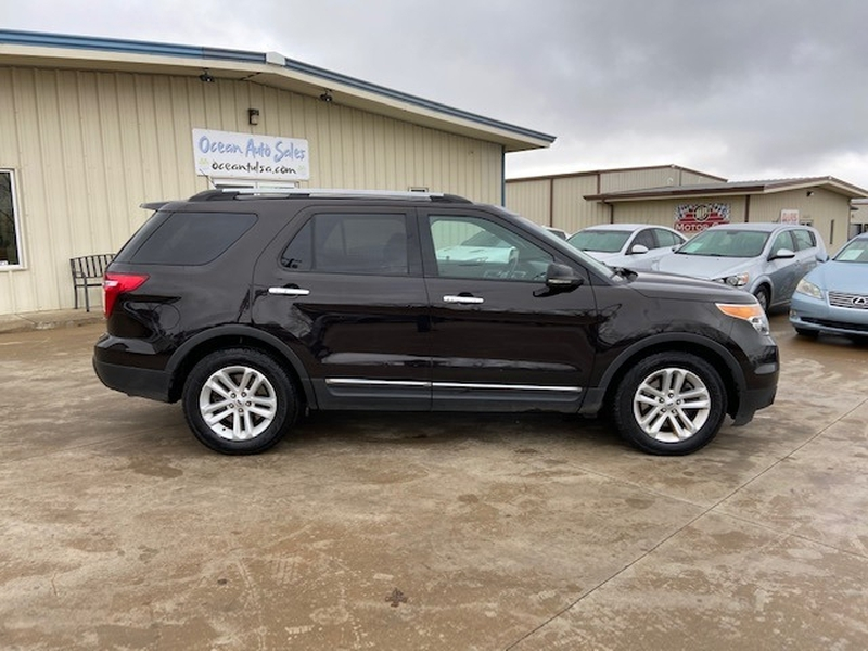 Ford Explorer 2013 price $7,900 Cash