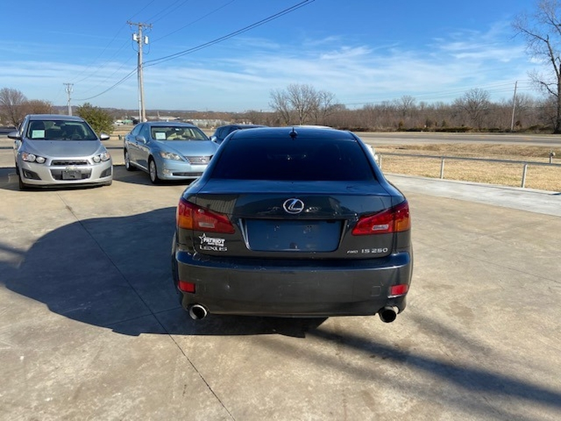 Lexus IS 250 2008 price $4,000 Cash