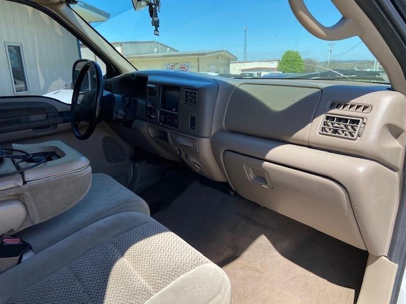 Ford Super Duty F-250 2001 price $9,500 Cash