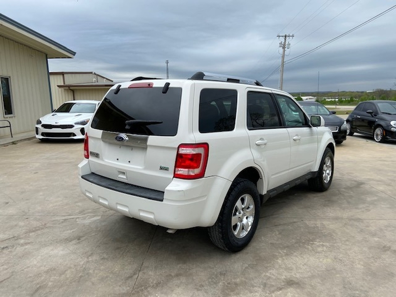 Ford Escape 2010 price $5,200 Cash