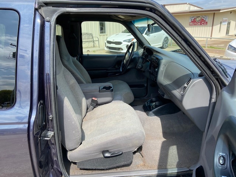 Ford Ranger 2002 price $5,200 Cash