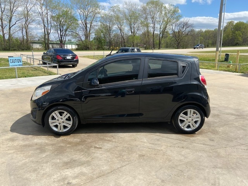 Chevrolet Spark 2013 price $4,000 Cash