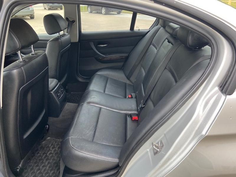 BMW 3-Series 2011 price $8,500 Cash