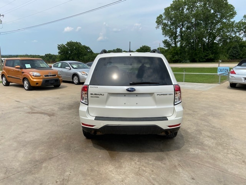 Subaru Forester 2012 price $8,700 Cash