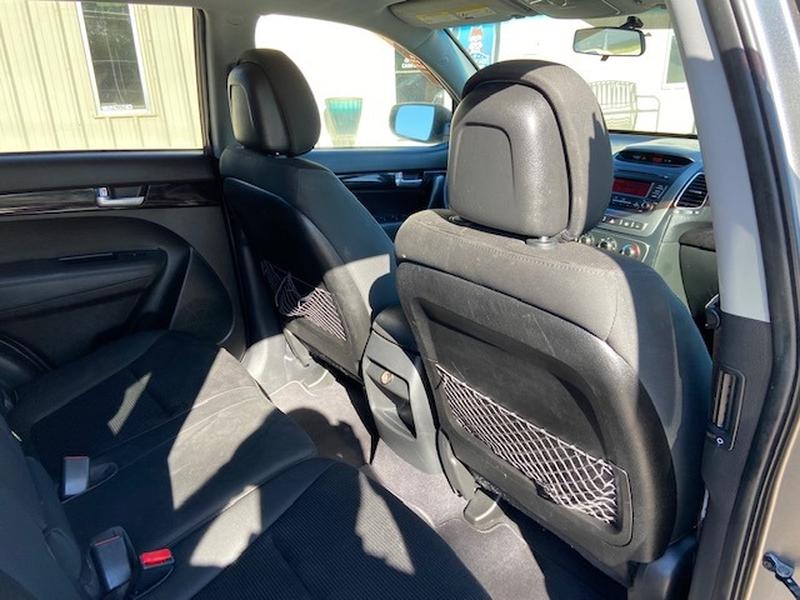 Kia Sorento 2014 price $8,900 Cash