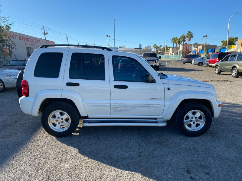Jeep Liberty 2004 price $4,900
