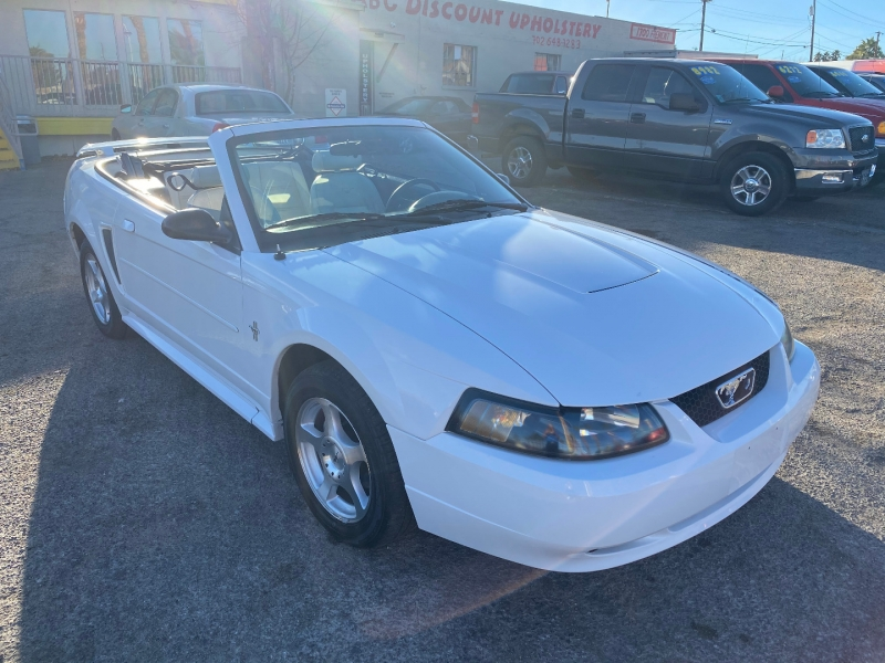 Ford Mustang 2003 price $4,950