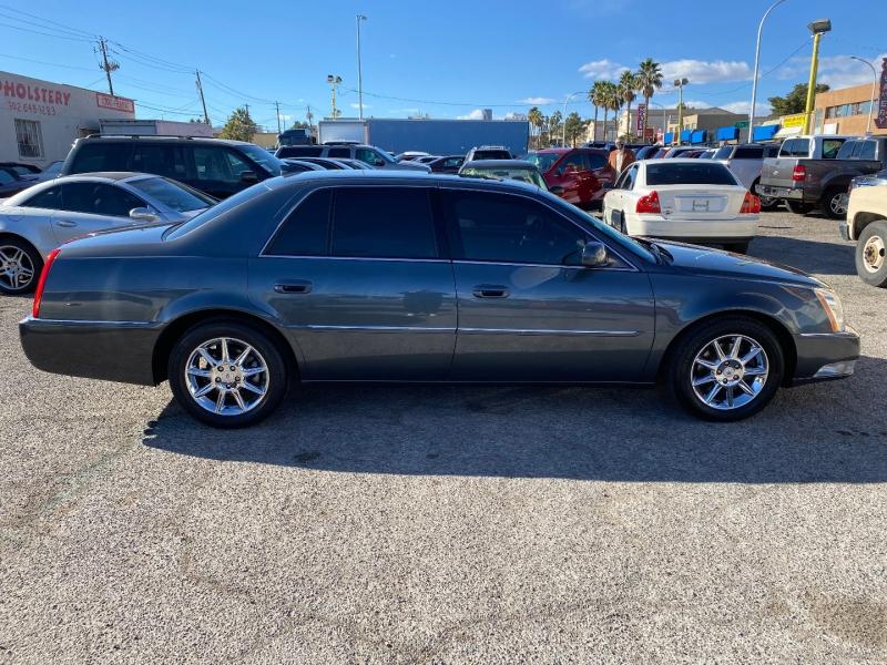 Cadillac DTS 2011 price $9,692