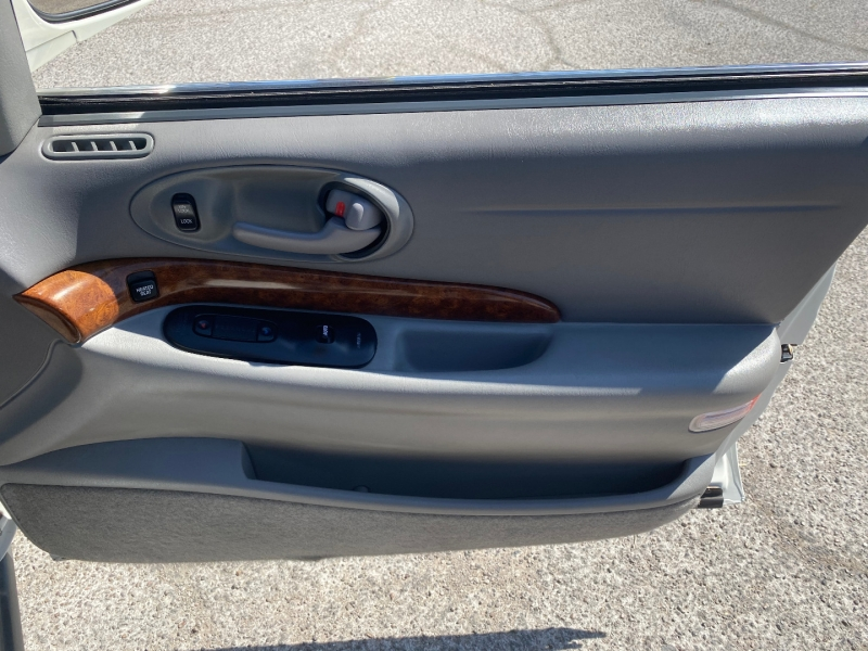 Buick LeSabre 2002 price $5,812