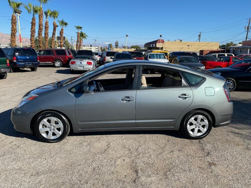 Toyota Prius 2005 price $7,480