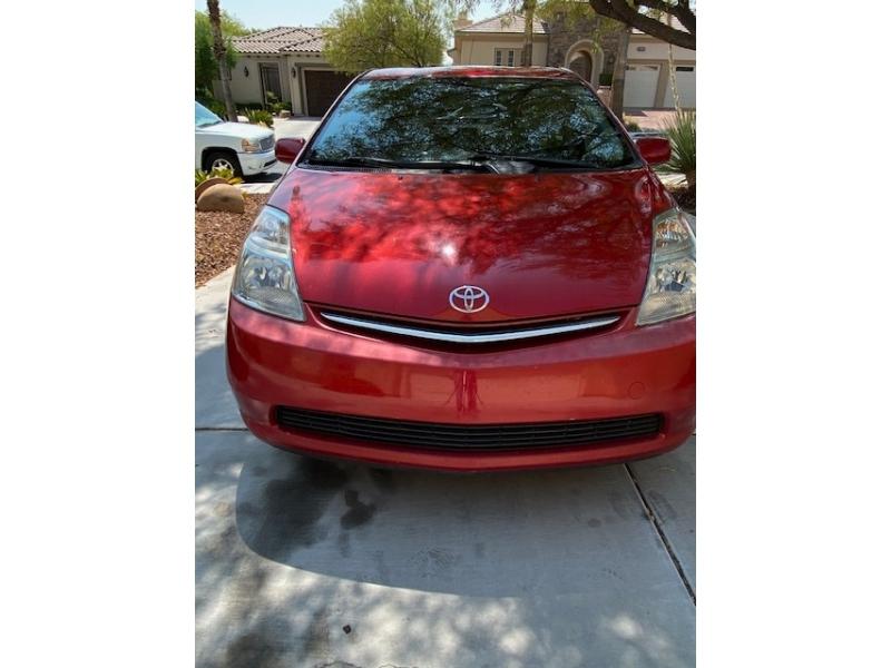 Toyota Prius 2006 price $5,000