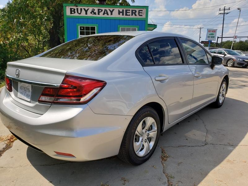 Honda Civic Sedan 2015 price $10,888