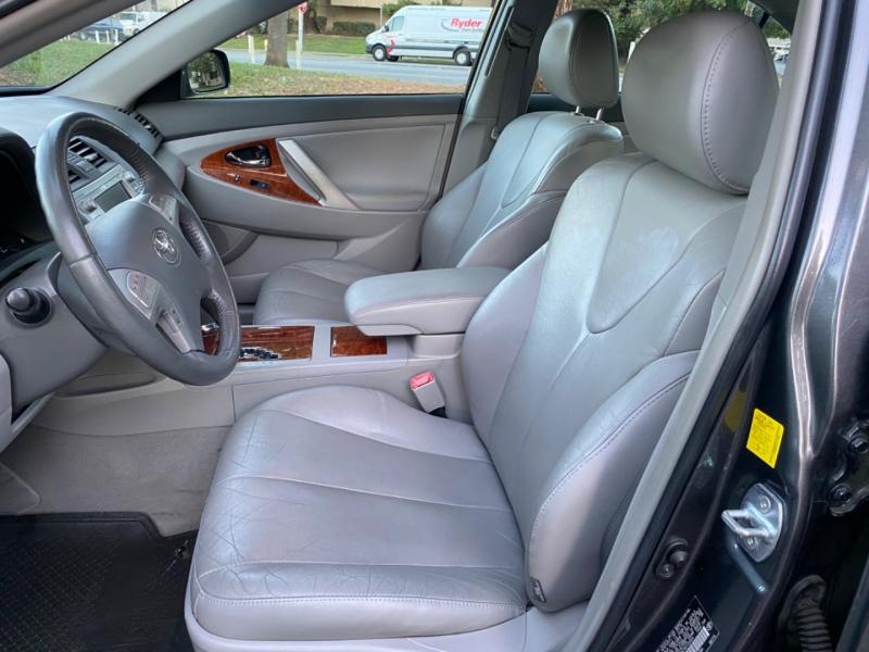 Toyota Camry hybrid navigation system 2011 price $7,895