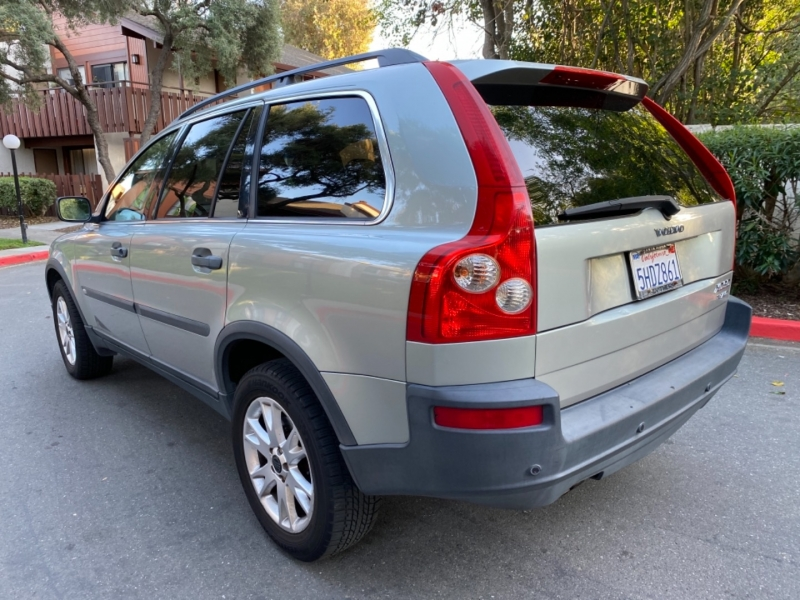 Volvo XC90 2004 price $6,495