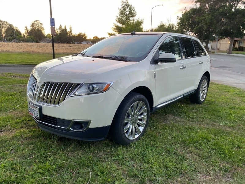 Lincoln MKX 2012 price $13,500