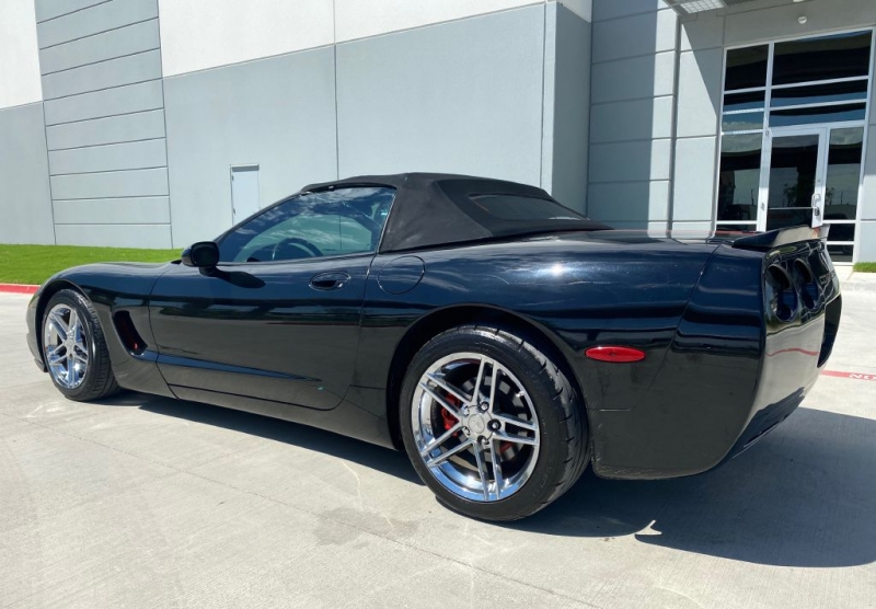 CHEVROLET CORVETTE 2002 price $9,900