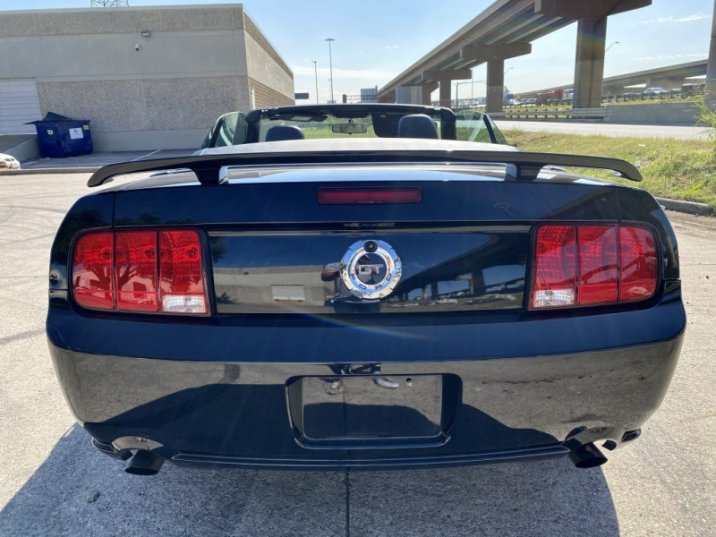 FORD MUSTANG 2006 price $12,900