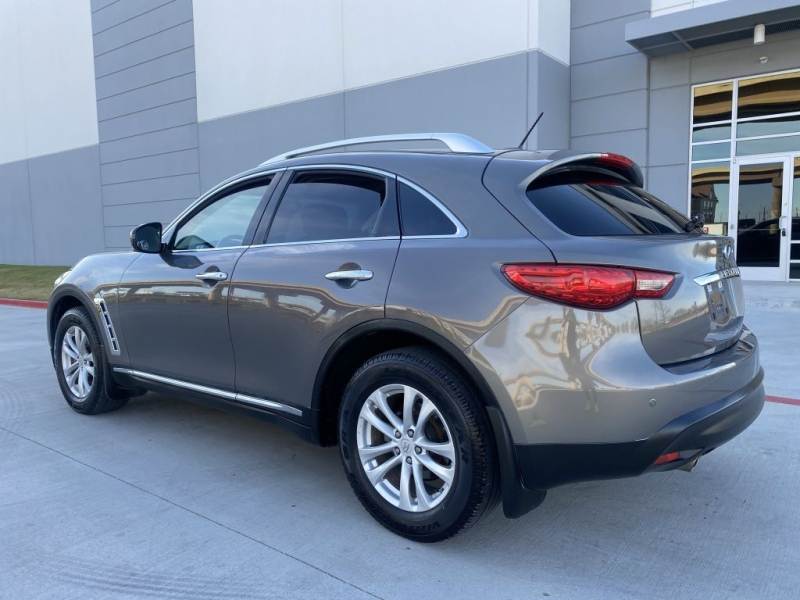 INFINITI FX35 2012 price $12,900