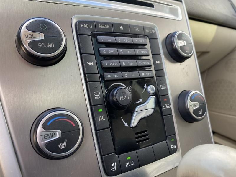 VOLVO XC60 2011 price $7,900