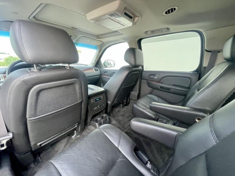 CHEVROLET SUBURBAN 2011 price $11,490