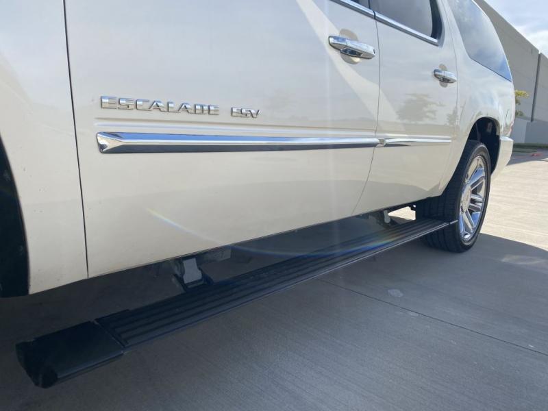 CADILLAC ESCALADE 2013 price $21,900
