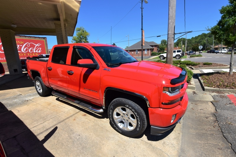CHEVROLET SILVERADO LT 2018 price Call for Pricing.